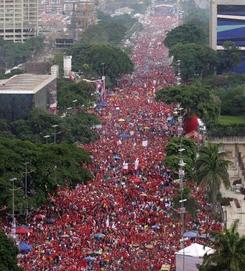 venezuela-av-bolivar-milhares_